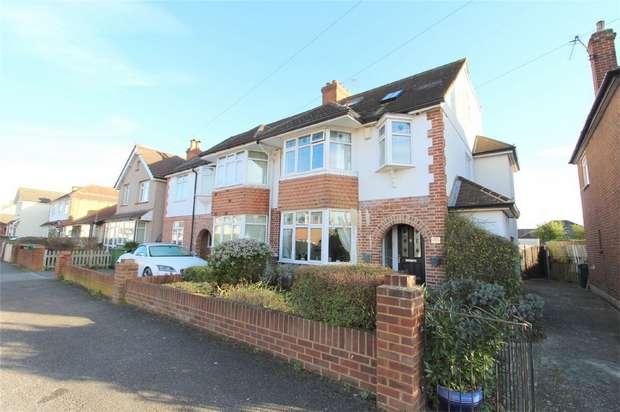 5 Bedrooms Semi Detached House for sale in Marlborough Road, Ashford, Surrey