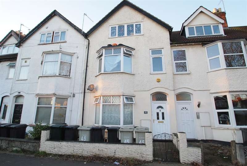 5 Bedrooms Terraced House for sale in Dorothy Avenue, Skegness