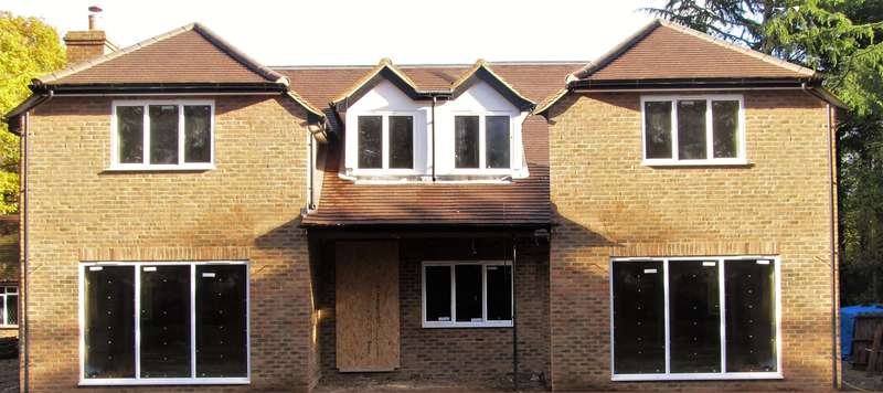 5 Bedrooms Detached House for sale in Cherry Tree Lane, Fulmer, SL3