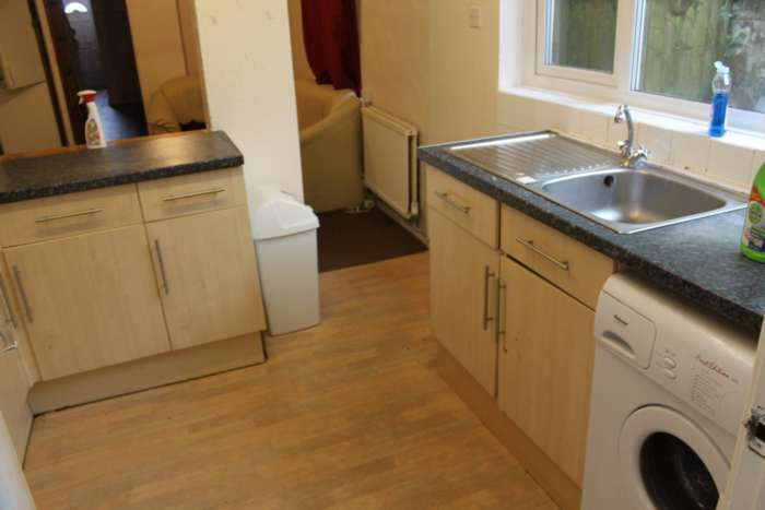9 Bedrooms Terraced House for rent in Richard St, Cathays