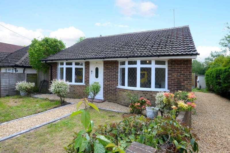 2 Bedrooms Detached Bungalow for rent in Station Road, Ash, Aldershot