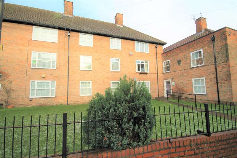 2 Bedrooms Flat for sale in Speculation Street, York, YO1 9UF