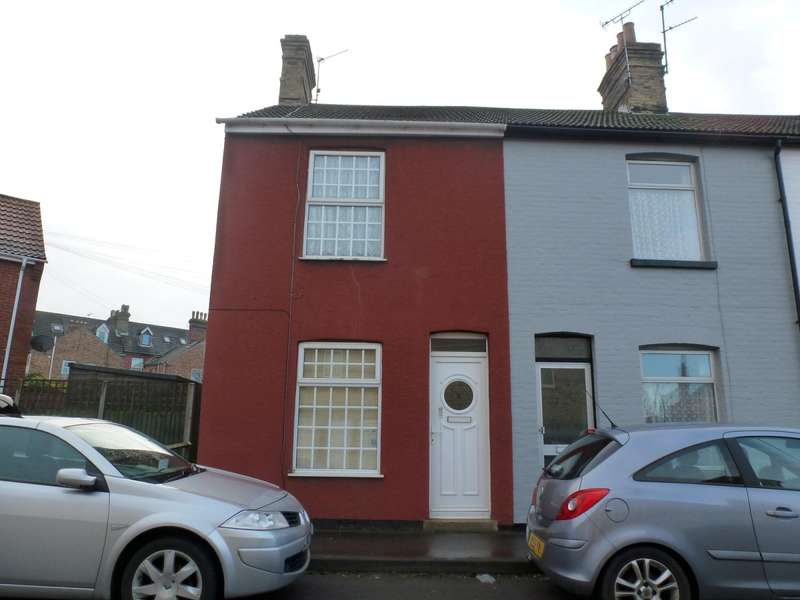 3 Bedrooms End Of Terrace House for rent in Harold Road, Lowestoft