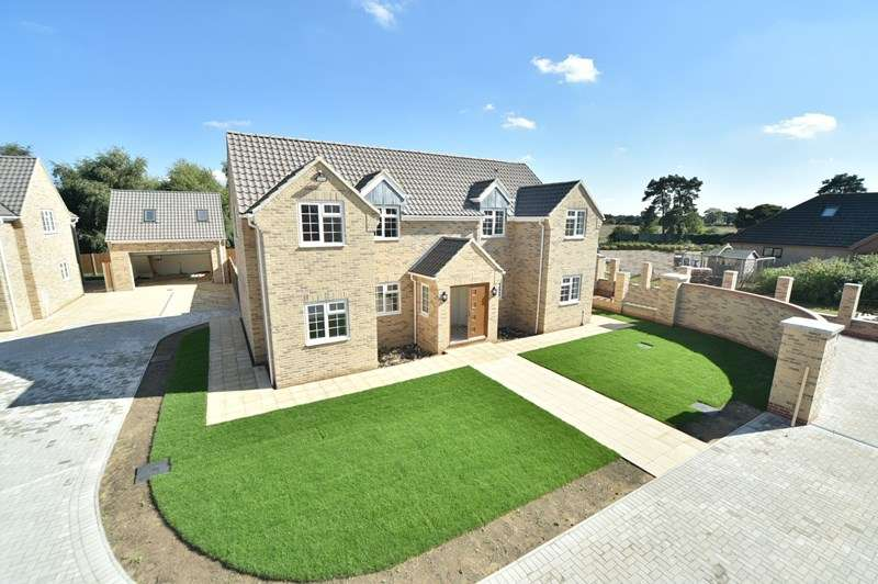 4 Bedrooms Detached House for sale in Madison Mews, Beck Row, Bury St. Edmunds