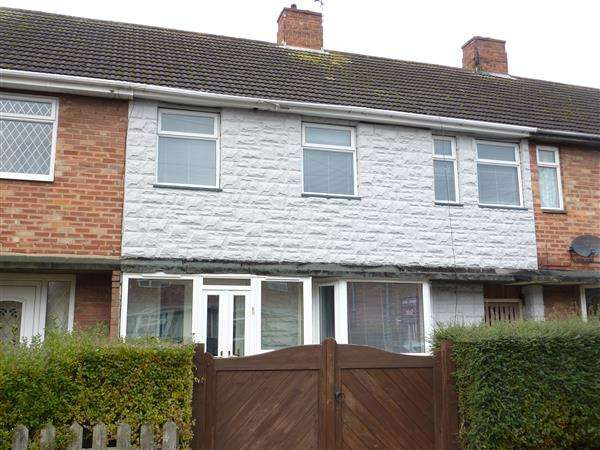 3 Bedrooms Terraced House for rent in CAISTOR DRIVE, GRIMSBY