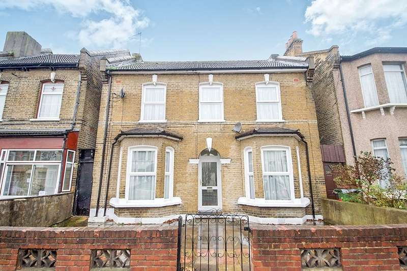 3 Bedrooms Semi Detached House for sale in Selwyn Road, London, E13