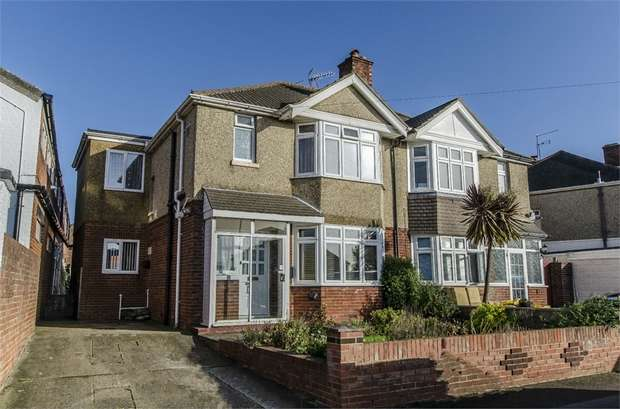 3 Bedrooms Semi Detached House for sale in Claremont Crescent, Regents Park, SOUTHAMPTON, Hampshire