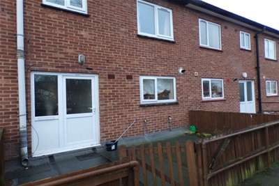 2 Bedrooms Flat for rent in Coventry Road, Sheldon
