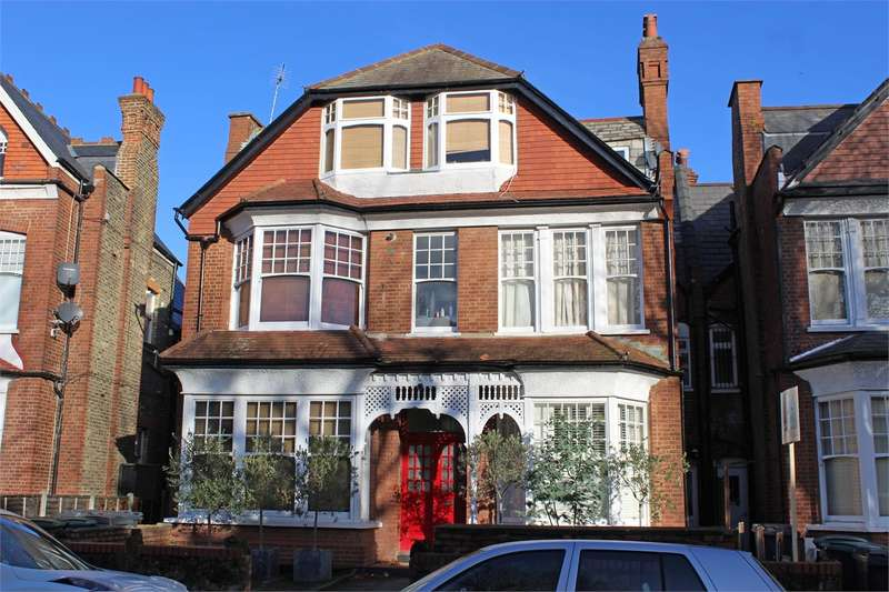 1 Bedroom Flat for sale in Princes Avenue, Muswell Hill, London
