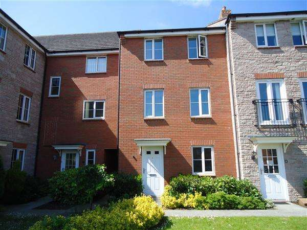 3 Bedrooms Terraced House for rent in Morlais Mews, Duffryn, Newport