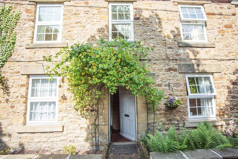 3 Bedrooms Cottage House for sale in Seal Terrace, Hexham