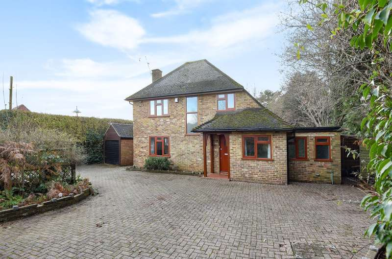 4 Bedrooms Detached House for rent in Church Road, Godalming