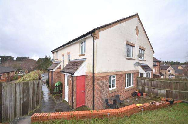 1 Bedroom Terraced House for sale in Horndean Road, Bracknell, Berkshire