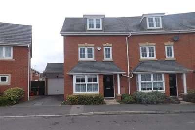 4 Bedrooms House for rent in Adam Morris Way, Coalville