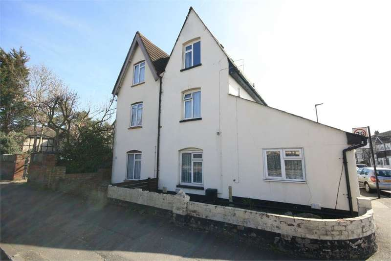 3 Bedrooms Maisonette Flat for sale in Ashford Road, Feltham, TW13