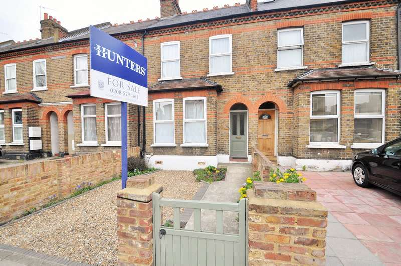 3 Bedrooms Terraced House for sale in Northfield Avenue, London, W13 9QP