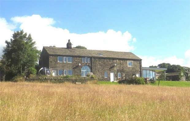 5 Bedrooms Detached House for sale in Cally Hall, Whirlaw Common, Todmorden, West Yorkshire