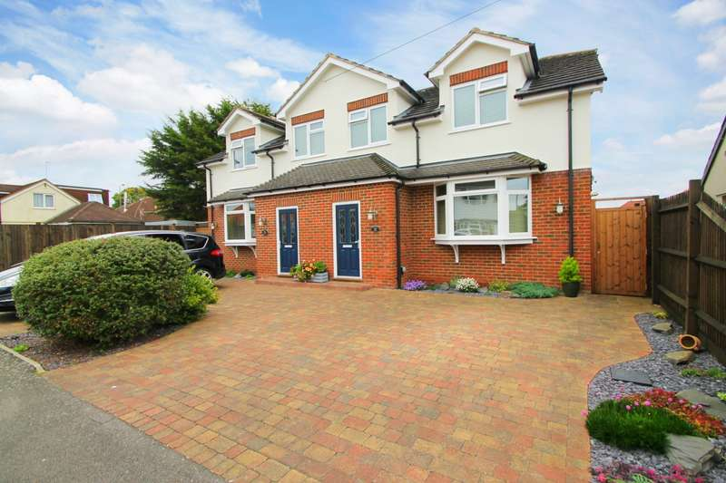 3 Bedrooms Semi Detached House for sale in Chalmers Lodge, Chalmers Road, Ashford, TW15