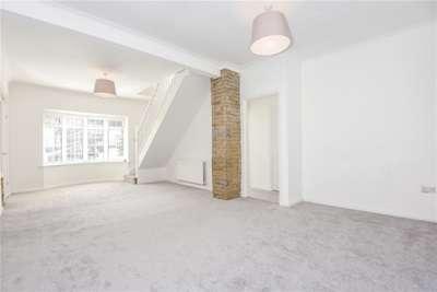 3 Bedrooms House for rent in Ninhams Wood, Locksbottom, BR6