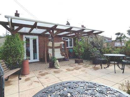 3 Bedrooms End Of Terrace House for sale in Cromer Road, Hevingham, Norfolk