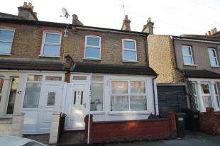 2 Bedrooms House for sale in Cecil Road, Croydon, Surrey