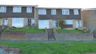 3 Bedrooms Semi Detached House for sale in Ash Walk, Newhaven, East Sussex
