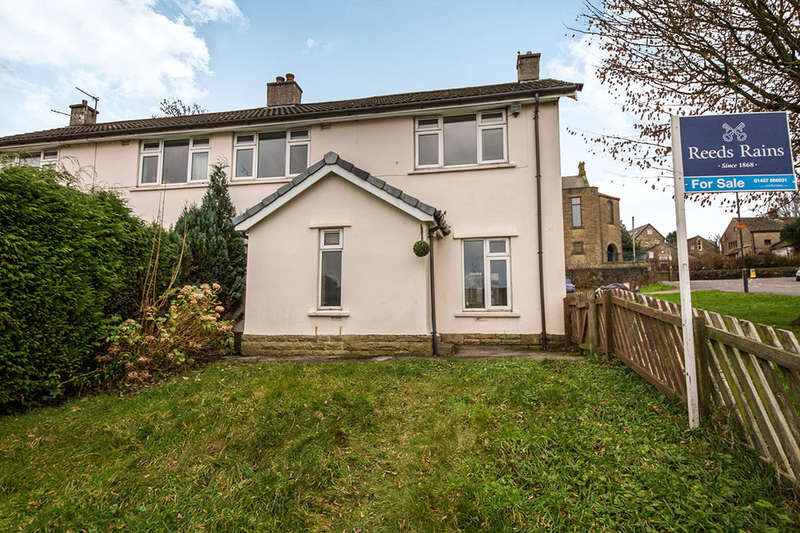3 Bedrooms Terraced House for sale in Whitfield Avenue, Glossop, SK13
