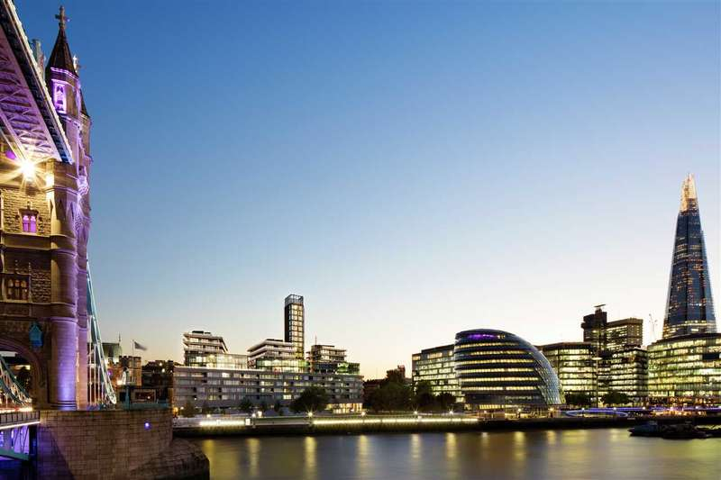 3 Bedrooms Apartment Flat for sale in Cambridge House, On Tower Bridge, London