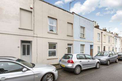 3 Bedrooms Terraced House for sale in Keynsham Street, Cheltenham, Gloucestershire