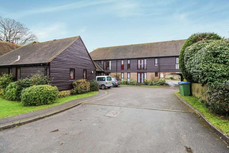 2 Bedrooms Property for sale in Farm Close, Barns Green