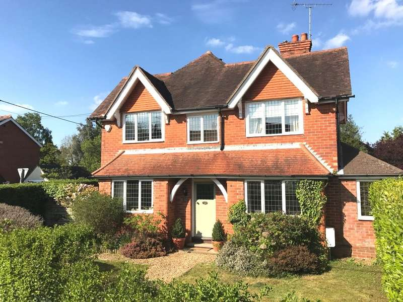 4 Bedrooms House for sale in Kennylands Road, Sonning Common, RG4