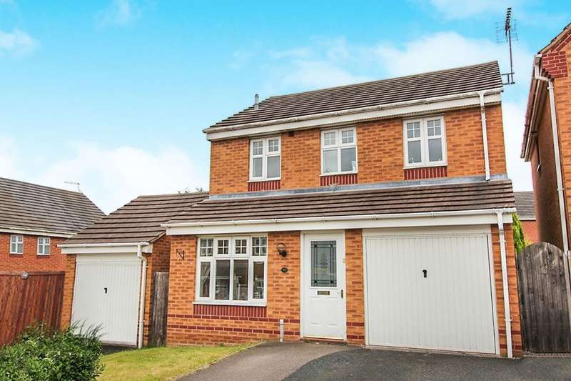 3 Bedrooms Detached House for sale in Horseshoe Drive, Cannock, WS12