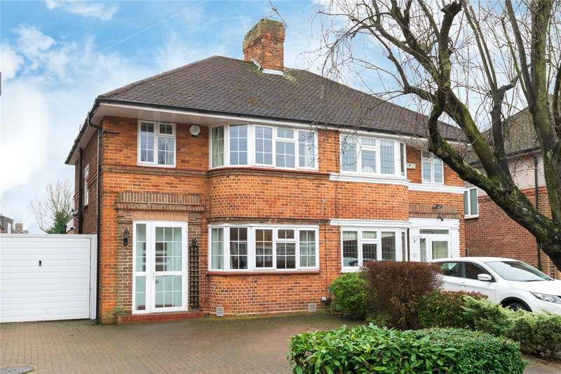3 Bedrooms Semi Detached House for sale in Howberry Close, Canons Park, Edgware, HA8