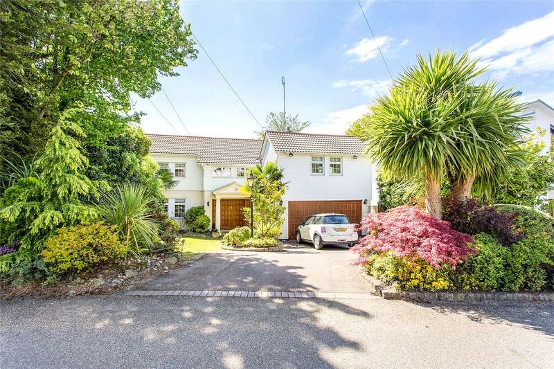 4 Bedrooms Detached House for sale in Adelaide Close, Stanmore, Middlesex, HA7