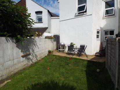 3 Bedrooms Semi Detached House for sale in Bournemouth, Dorset