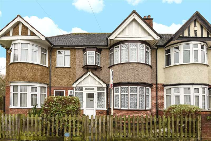 3 Bedrooms Terraced House for sale in Victoria Road, Ruislip, Middlesex, HA4