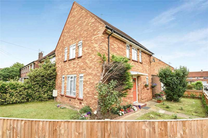 3 Bedrooms Semi Detached House for sale in St. Luke Close, Uxbridge, Middlesex, UB8