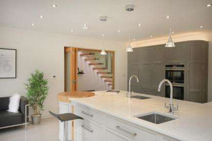 6 Bedrooms Detached House for sale in Hop Inge, Harthill, Sheffield, South Yorkshire