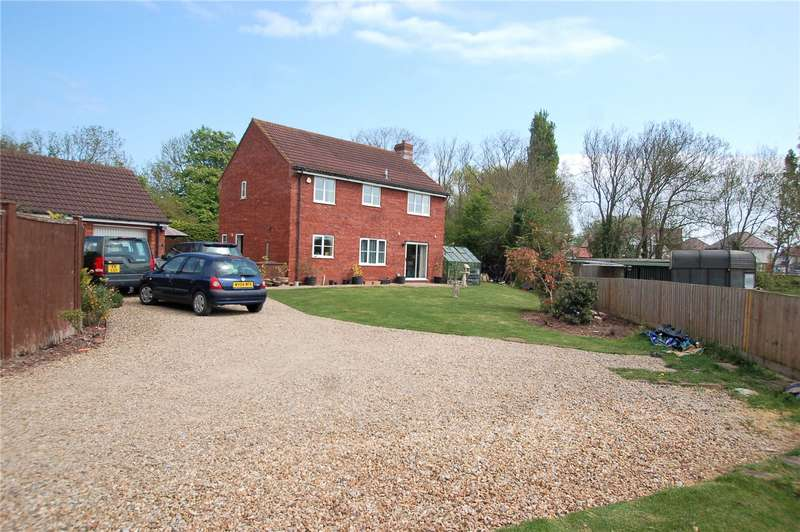 4 Bedrooms Detached House for sale in Meadow Close CHILTON TRINITY Bridgwater TA5