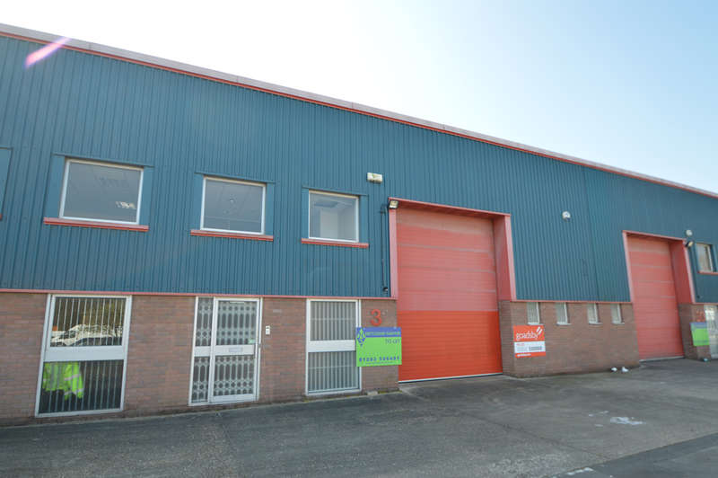 Warehouse Commercial for rent in Unit 31, Liberty Close, Woolsbridge Industrial Estate, Three Legged Cross, Wimborne, BH21 6SY