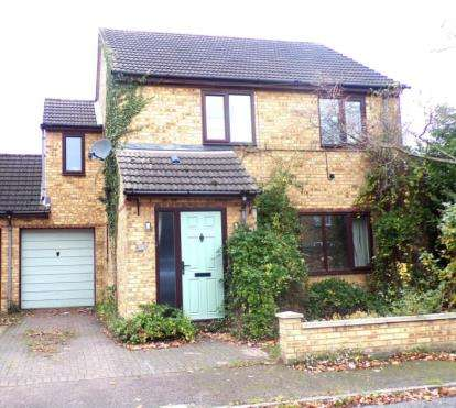 Link Detached House for sale in Great North Road, Wyboston, Bedford, Bedfordshire