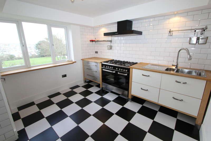 3 Bedrooms Maisonette Flat for rent in Trevorder Road, Torpoint