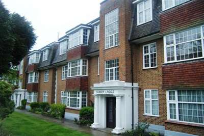 3 Bedrooms Flat for rent in Surrey Road-Bournemouth
