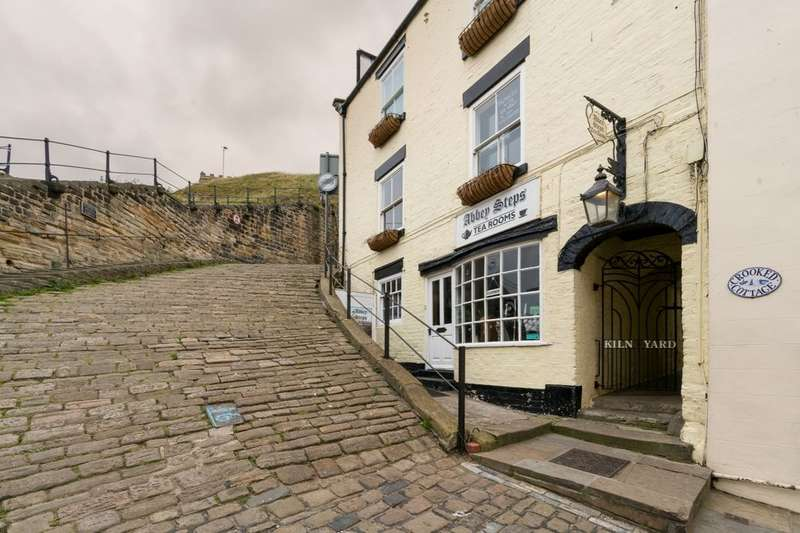 2 Bedrooms Property for sale in Kiln Yard Church Street, Whitby, YO22