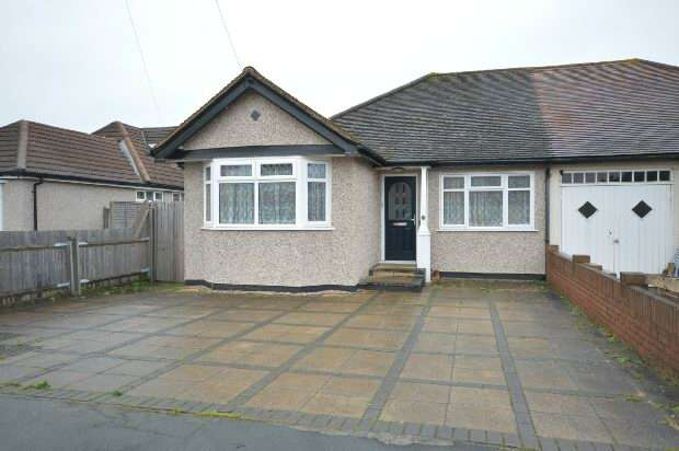 3 Bedrooms Semi Detached Bungalow for rent in Amis Avenue, Epsom