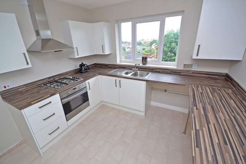 1 Bedroom Flat for sale in Belfry Court, Outwood