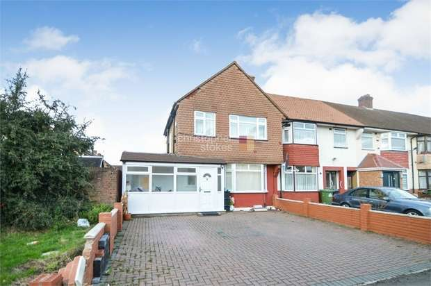 3 Bedrooms Semi Detached House for sale in Ruthven Avenue, WALTHAM CROSS, Hertfordshire