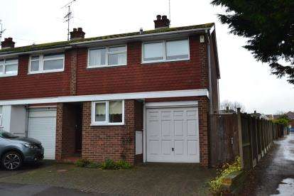 3 Bedrooms End Of Terrace House for sale in Chelmsford, Essex, Uk