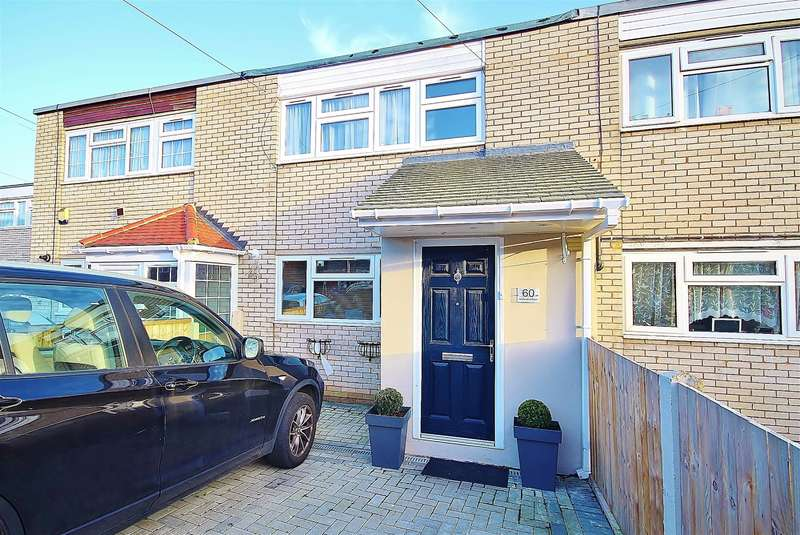 3 Bedrooms Terraced House for sale in Leybourne Road, Hillingdon, UB10 9HF
