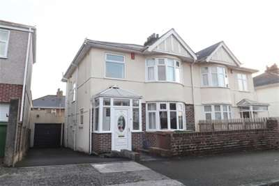 3 Bedrooms Semi Detached House for rent in Langhill Road, Peverell, Plymouth